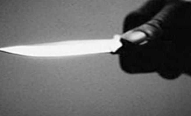 Meksikalı papaz, ayin sırasında bıçaklandı