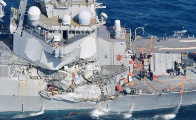 ABD savaş gemisi kaza yaptı! 7 asker kayıp!
