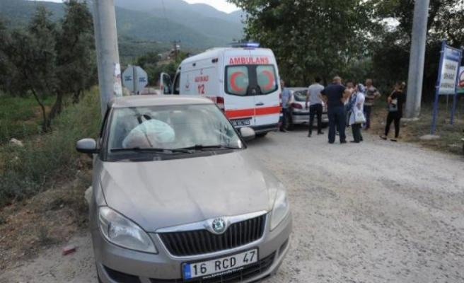 Bursa'da feci kaza! Yolcu minibüsü ile çarpıştı