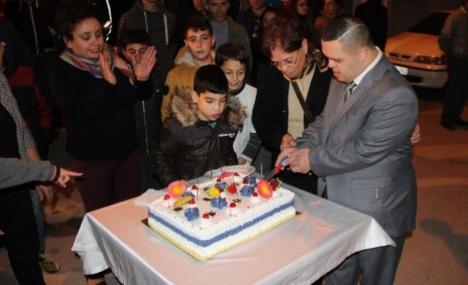 Bursa'da düğün gibi doğum günü kutlaması!