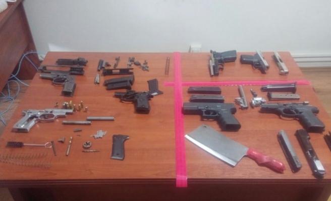 Bursa'da oto tamirhanesinde silah üretimi!