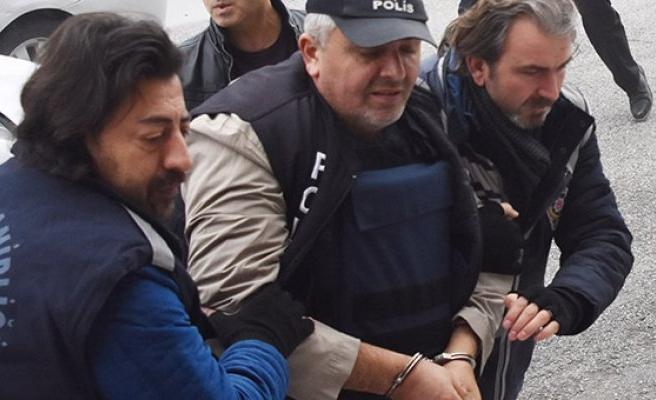 4 kişiyi öldüren Cem Küçüktürk, Kalaşnikof ile katliam yapacakmış!