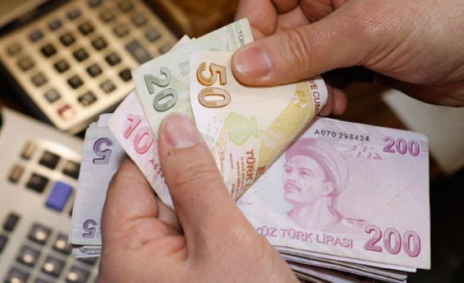 Sigortasız yaşlılara 1395 lira maaş!
