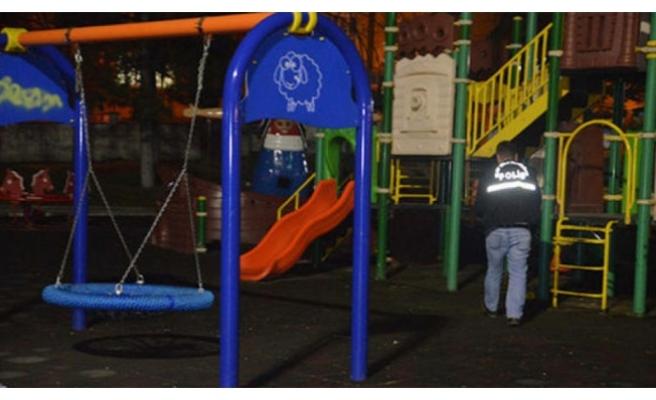 Çocuk oyun parkında dehşet!