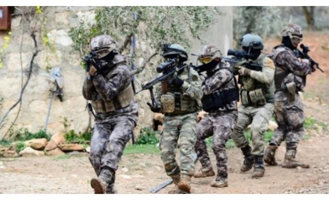 Afrin'de 8 köy daha teröristlerden temizlendi
