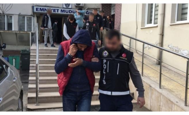Zehir tacirleri Bursa terminalinde yakalandı