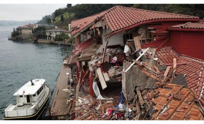 Geminin çarptığı yalıdaki zararı kimin karşılayacağı belli oldu