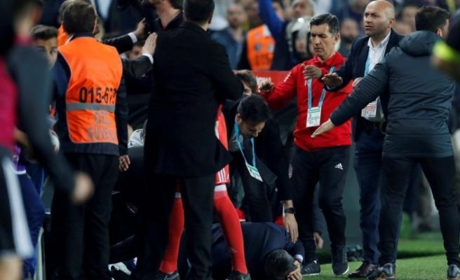 Kupa maçına çıkmayacak olan Beşiktaş'ı bekleyen büyük cezalar