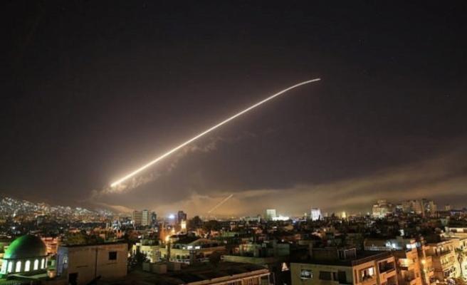 Suriye'deki ilk yıkımın uydu görüntüleri yayınlandı