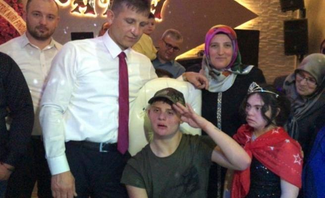 Tek hayali askerlikti... Bursa'da duygusal anlar yaşandı