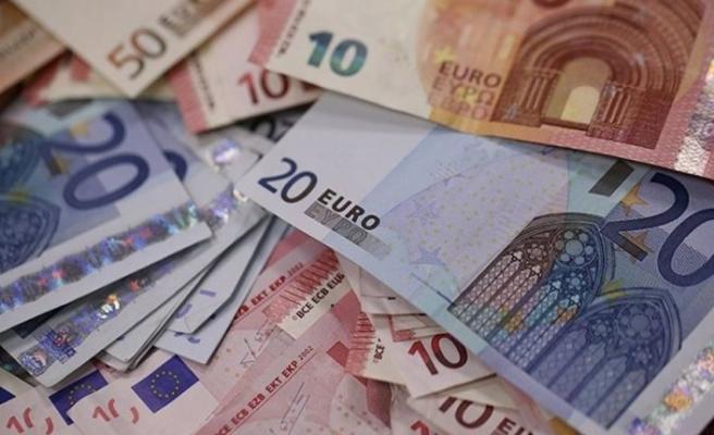 Dolar ve euroda sert yükseliş