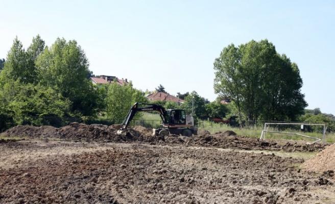 Mudanya Belediyesi'nden 6 mahalleye yeni halı saha