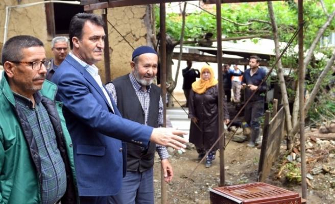 Sel felaketinde evi yıkılan Hasan Amca'ya Osmangazi Belediyesi sahip çıktı