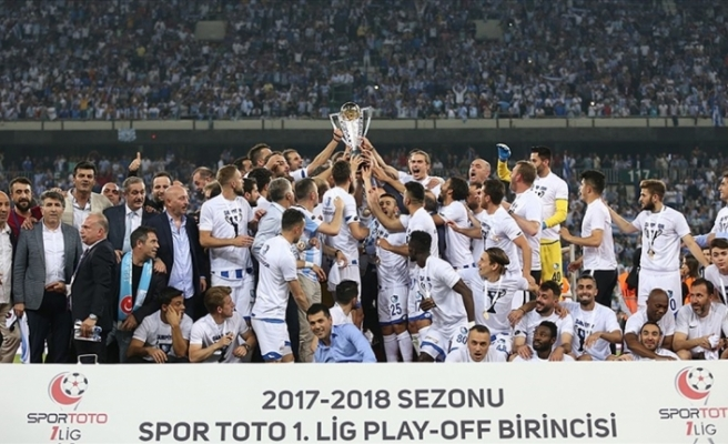 Timsah Arena'da gülen Erzuruspor
