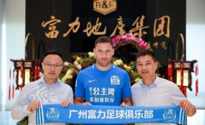 Tosic veda etti, BJK 33 yaşındaki oyuncudan 5 milyon € kazandı