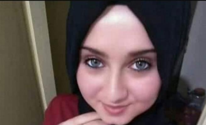 18 yaşındaki Selen'den 9 gündür haber alınamıyor