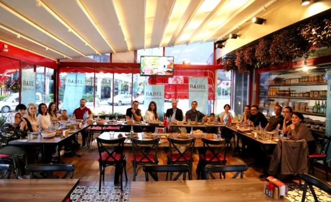 Babel Reklam ailesinden renkli iftar buluşması