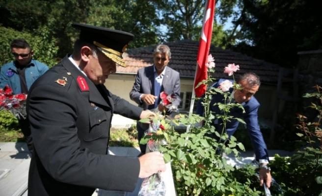 Bursa'da Pınarbaşı Şehitliği'nde tören düzenlendi