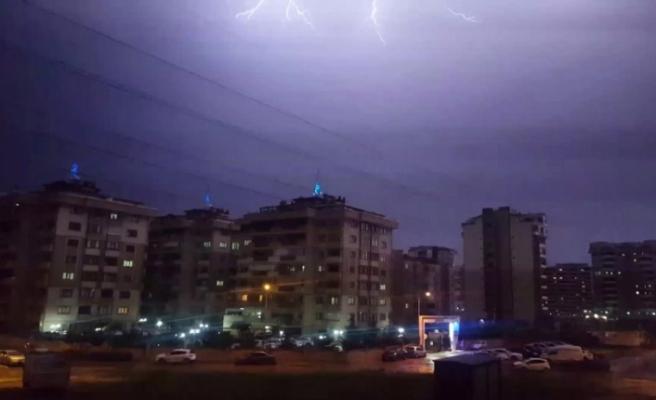 Bursa'yı yine sağanak yağış vurdu!