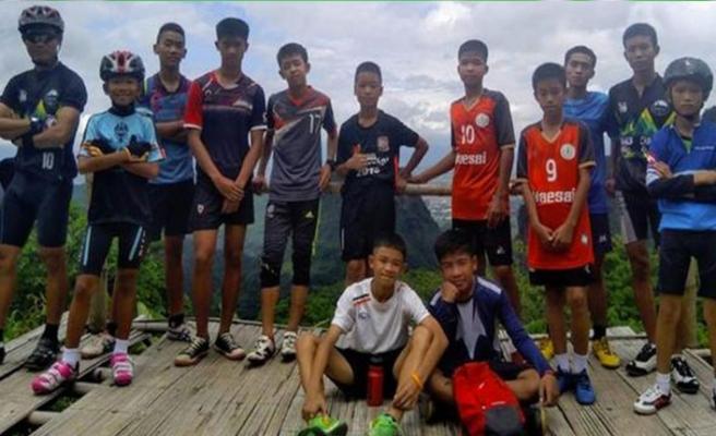 Mağarada kaybolan futbol takımı oyucuları bulundu!