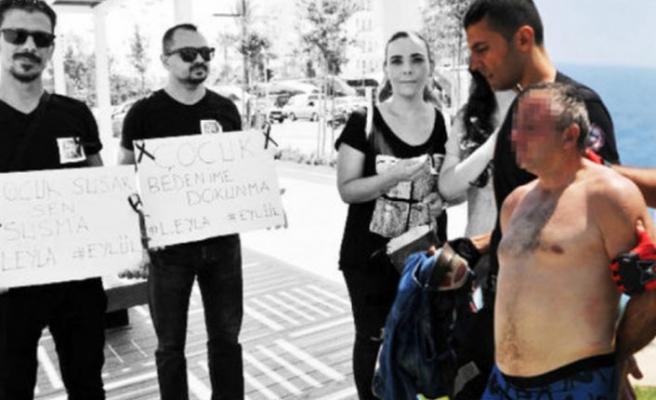 Taciz protestosunda taciz şoku!