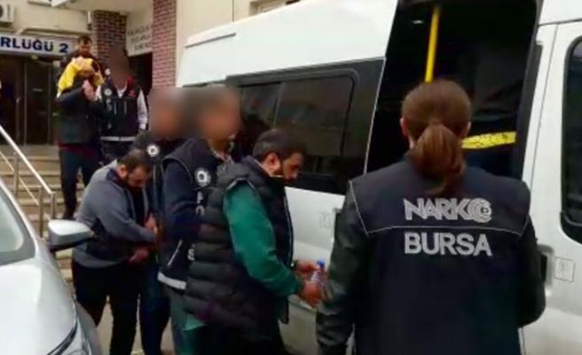 Bursa'da zehir tacirlerine vatandaştan suçüstü!