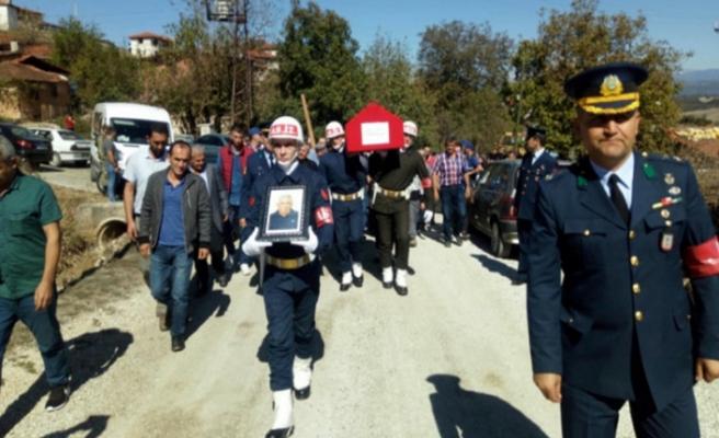 Bursa, Kıbrıs Gazisi'ni son yolculuğuna uğurladı