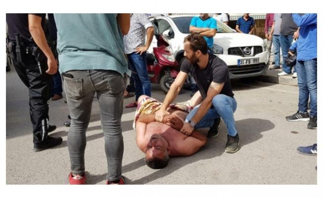 Şehrin ortasında çıplak protesto!