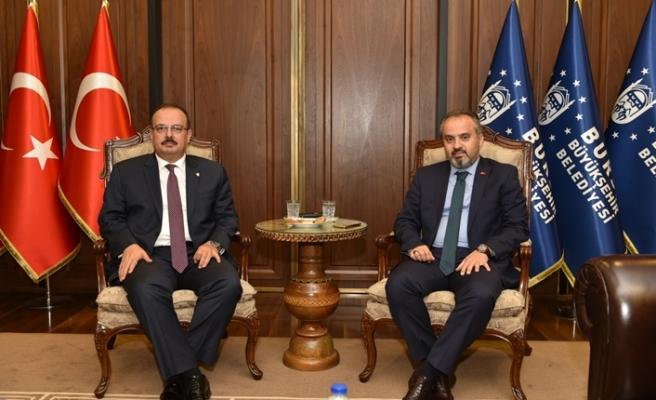Bursa'nın yeni valisi Canbolat ilk Büyükşehir'in kapısını çaldı