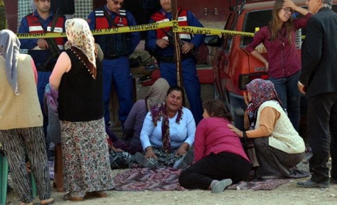 Dehşet! 3 çocuk annesi, 2 yaşındaki oğlunun yanında öldürüldü!