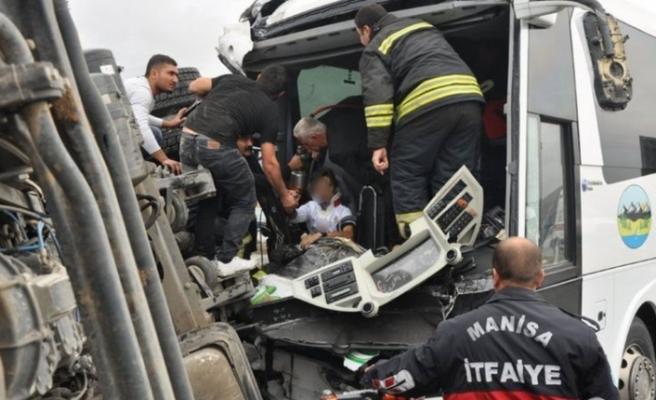 Feci kaza! Yardıma koşanlar dehşete düştü
