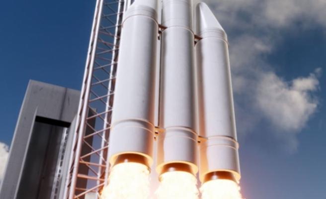 """""""Mikro Uydu"""" Fırlatma Sistemi için imzalar atıldı!"""
