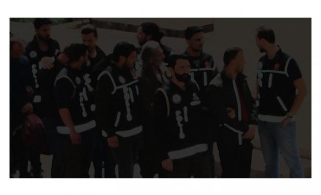 FETÖ'ye darbe üstüne darbe: 208 gözaltı kararı