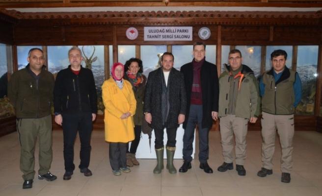 Bursa milletvekillerinden Uludağ'a çıkarma