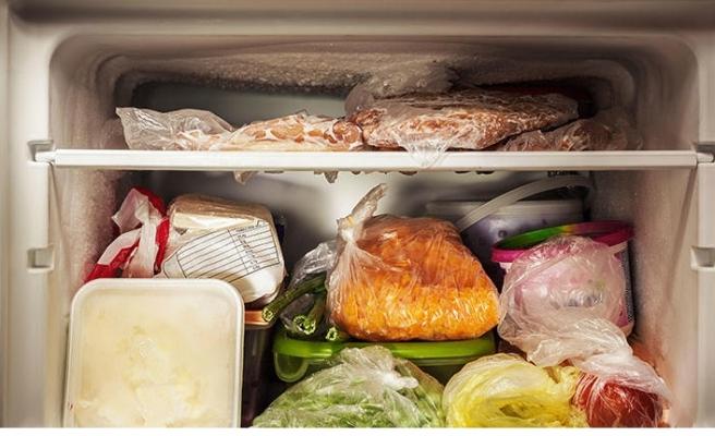 Eti çözdürmek için oda sıcaklığında bekletmeyin