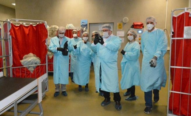 Bursa Şehir Hastanesi ekibi Adana'da