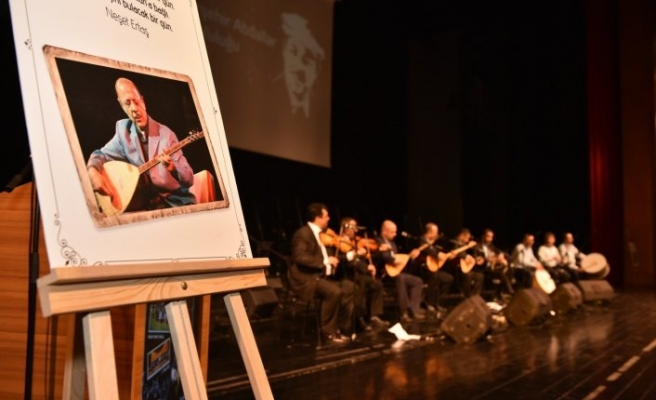 Neşet Ertaş Bursa'da konserle anıldı