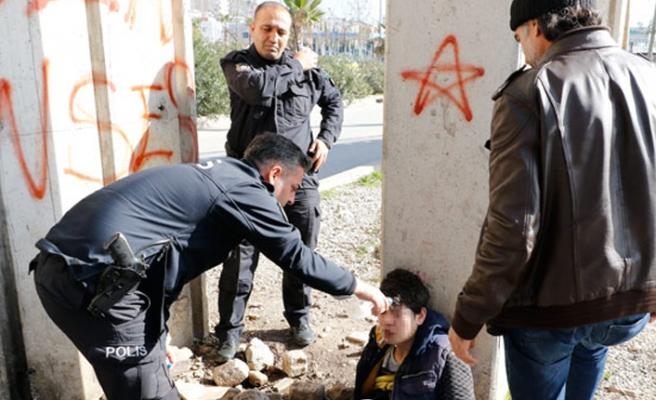 Uyuşturucudan bayılan gençten polise ilginç soru