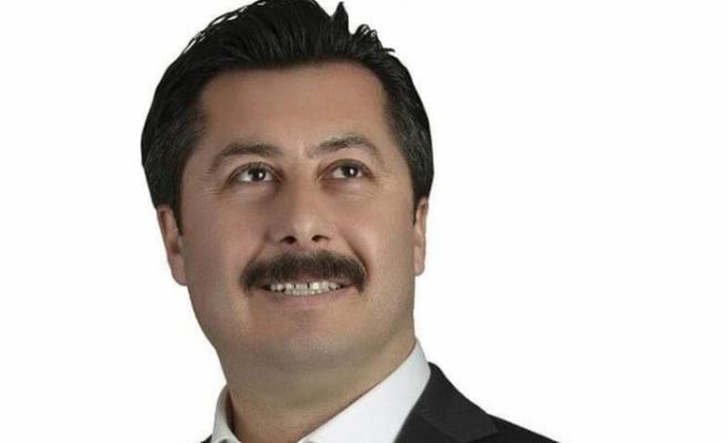 İYİ Partili Ercan Özel'den dürüstlük taahütnamesi
