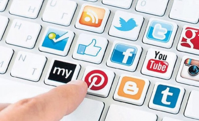 Sosyal medyasız yapamıyoruz