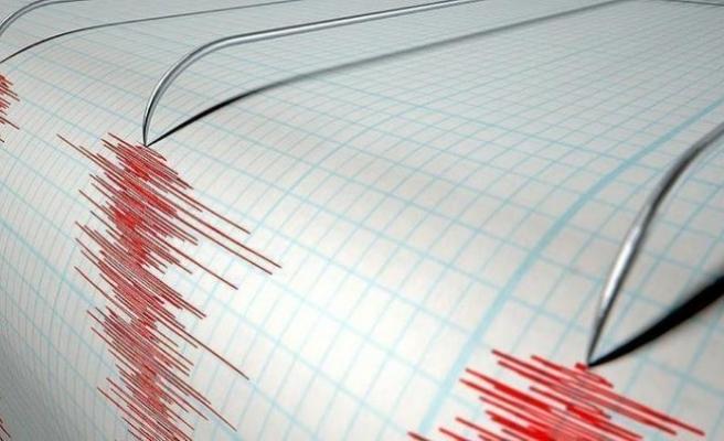 Endonezya'da 6.8 büyüklüğünde deprem