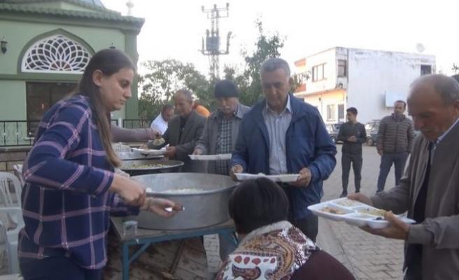 Asırlık ramazan nöbeti: Her gün bir aile iftar veriyor