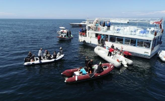 Bursa'da suyun altında nefes kesen yarış