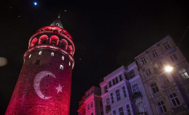 Bu gece İstanbul kırmızı-beyaza bürünecek