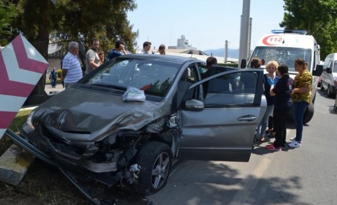 Bursa'da kaza! Sollamak istediği araca çarptı