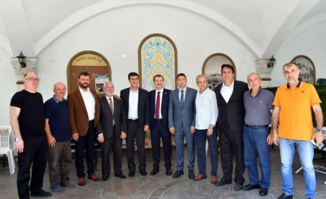 Dündar'dan İstanbul çıkarması