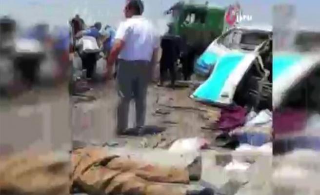 Mısır'da katliam gibi kaza! Çok sayıda ölü ve yaralılar var!