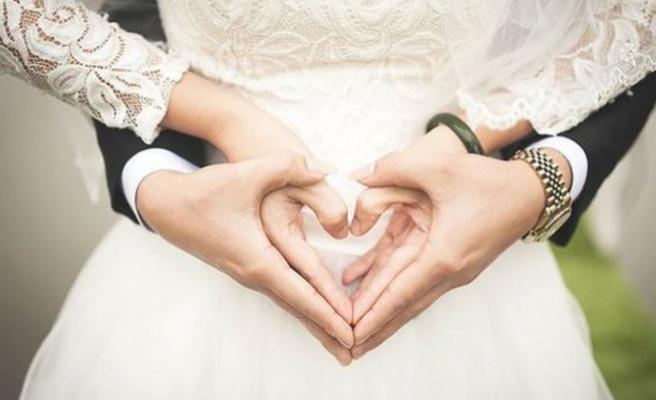 Türkiye'de evlilik yaşı arttı