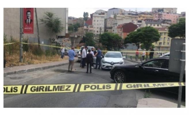 Yol ortasında silahlı soygun! 350 bin lirayı alıp kaçtılar...