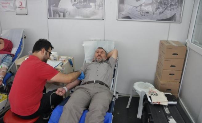 Bursa'da 15 günde bin 236 ünite bağış